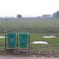 Bins are there but either not used, or overflowing or stolen